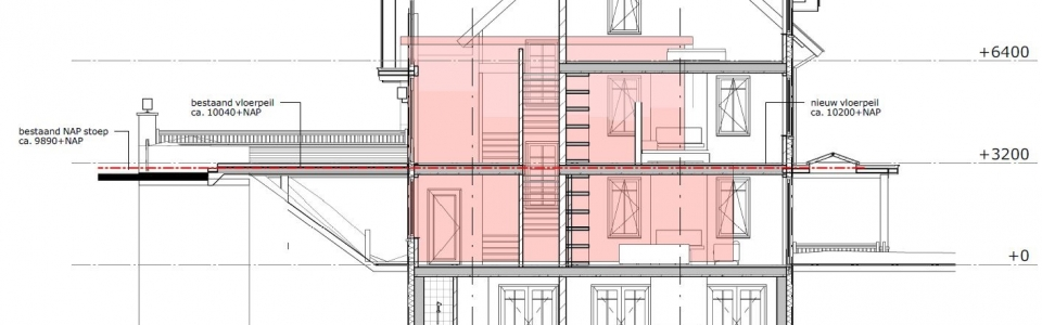 Doorsnede nieuwe villa in vergelijking met de bestaande bouwmassa (Van Manen)