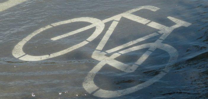 Illustratie van overstroomd fietspad