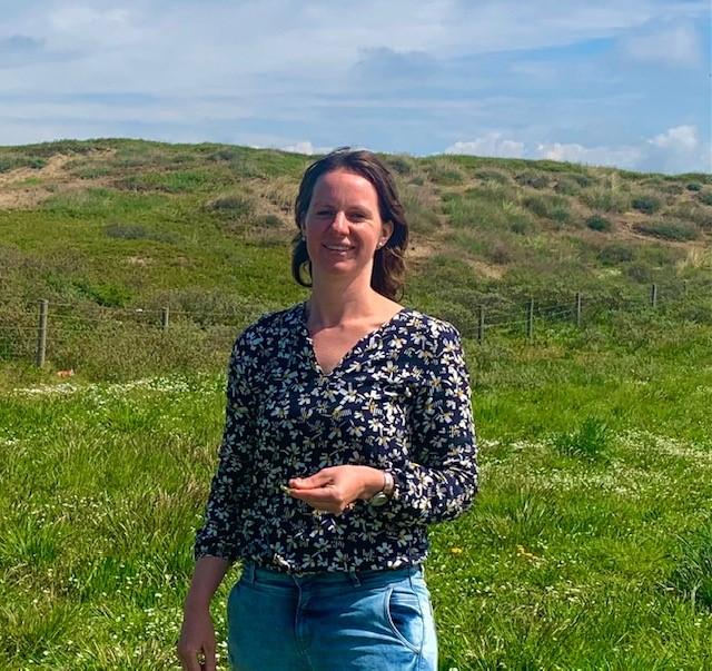 Jennifer van Klock in de duinen van Noordwijk
